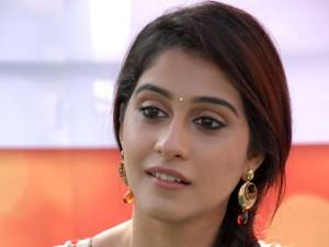 Chennai-Beauty-Regina-Cassandra-UHQ-Photos-in-Salwar-1