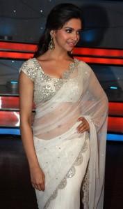 Deepika-Padukone-Spicy-Transparent-Saree-Photos-8