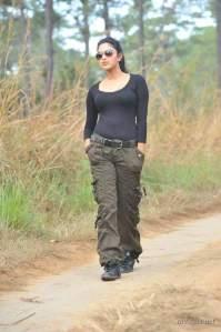 amala-paul-hot-black-dress-stills-3