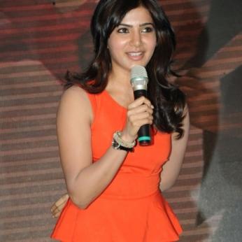 samantha-in-orange-dress-no-watermark-1
