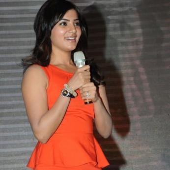 samantha-in-orange-dress-no-watermark-2