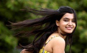 samantha-in-yellow-old-photoshoot-no-watermark-8