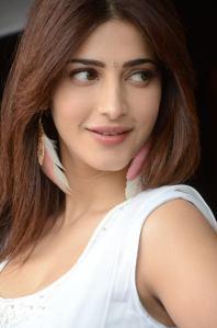 Shruti-Hassan-Hot-Photo-Shoot-1