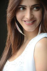 Shruti-Hassan-Hot-Photo-Shoot-3