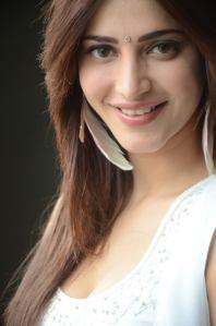 Shruti-Hassan-Hot-Photo-Shoot-4